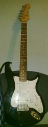 Электро-гитара сратокастер