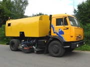 Подметально-уборочная машина КО-326-10 на шасси КАМАЗ-43253